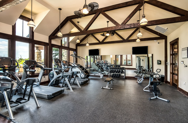 fitness center at Highlands Lodge Apartments