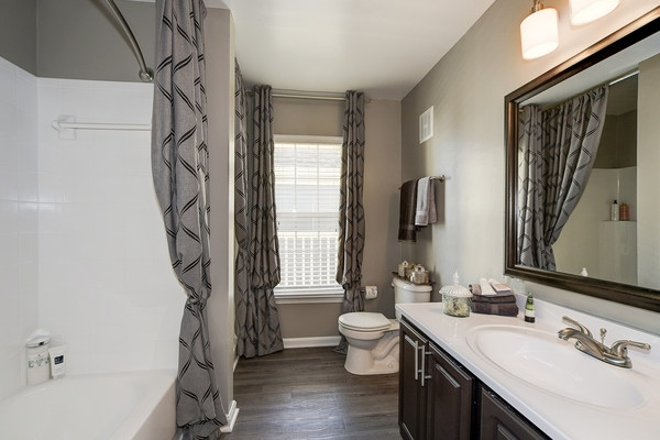 bathroom at Huntington at King Farm Apartments