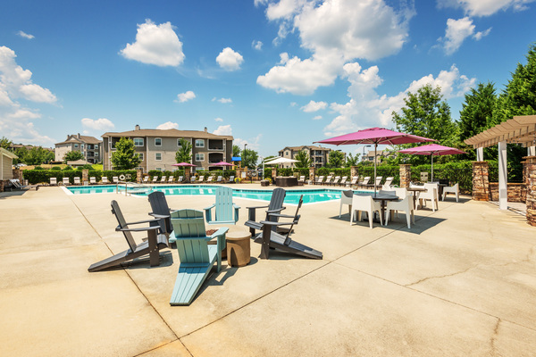 pool at The Vinoy at Innovation Park Apartments