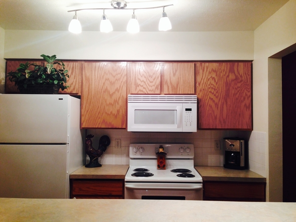 kitchen at Hilby Station Apartments