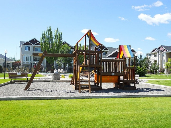 playground at Hilby Station Apartments