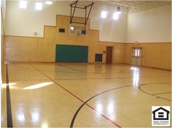 basketball court at Parkside Apartments