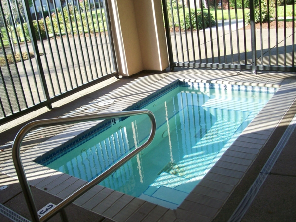 pool at Parkside Apartments