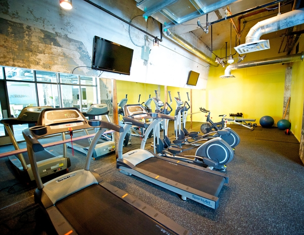 fitness center at Interurban Building Apartments