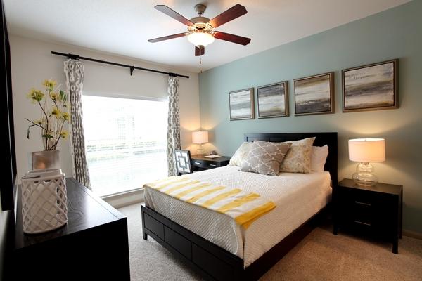 bedroom at Richmond Towne Homes Apartments