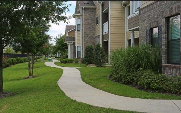 exterior at Waterstone Apartment Homes