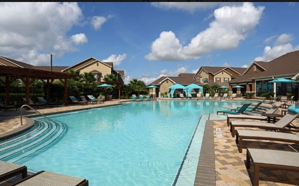 pool at Waterstone Apartment Homes