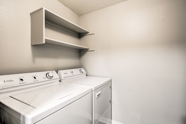 laundry room at River Pointe Apartments