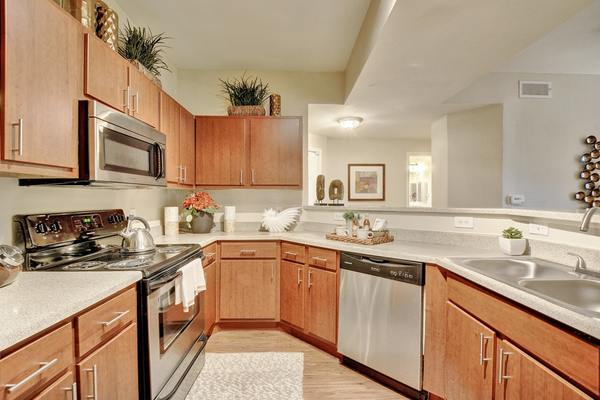 kitchen at Creekstone Apartments