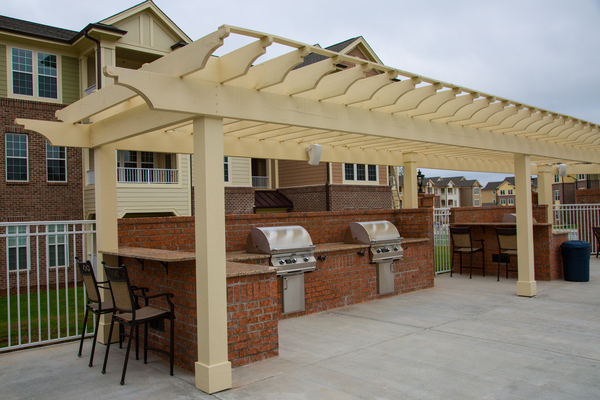 grill area at The Reserve at Ellis Crossing Apartments