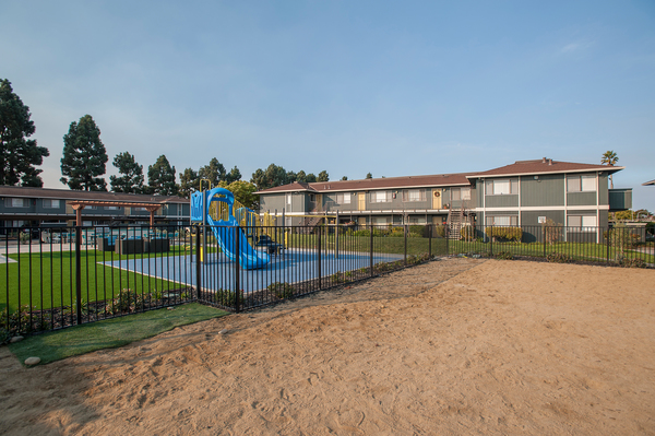 playground at Woodside Park Apartments