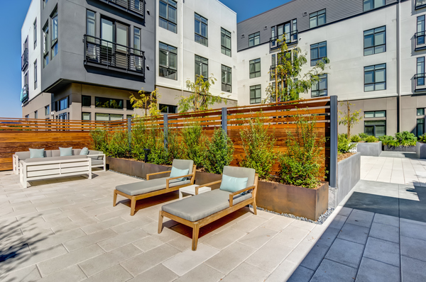 patio area at Quimby at Bay Meadows Apartments
