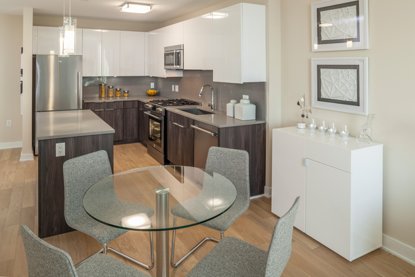 dining room at Atlantic Station Apartments