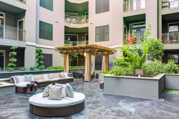 patio at The Westheimer Apartments