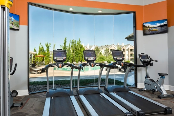 fitness center at Aspen Ridge Apartments