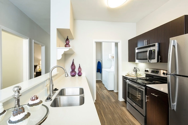 kitchen at Aspen Ridge Apartments