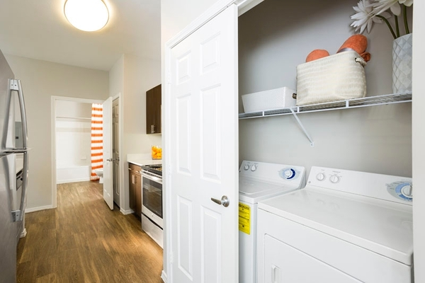 laundry room at Aspen Ridge Apartments