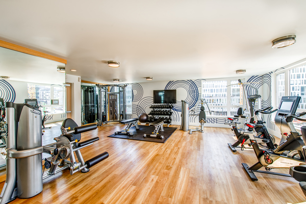 fitness center at Radius Apartments