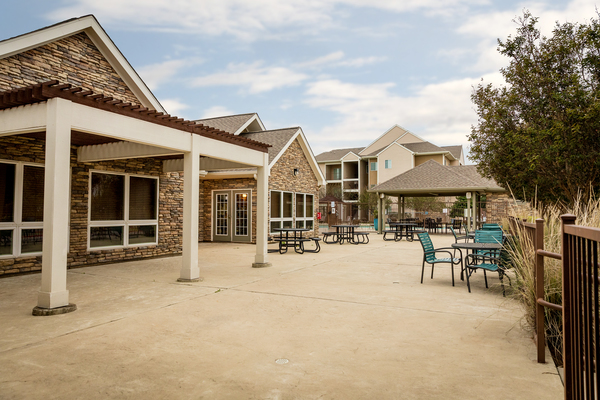patio at Outpost at Waco Apartments