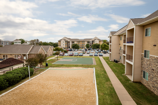 sport court at Outpost at Waco Apartments