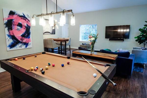 clubhouse at Lakemont Orchard Apartment Rentals