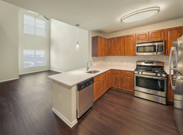 kitchen at The Union at Lyndhurst Apartments