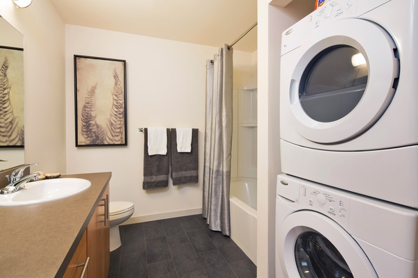 laundry room at VUE25 Apartments
