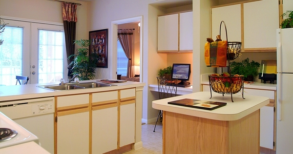 kitchen at Toscana Apartments