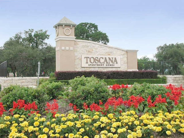 signage at Toscana Apartments