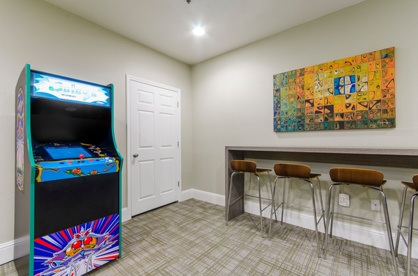game room at Timberlinks at Denton Apartments