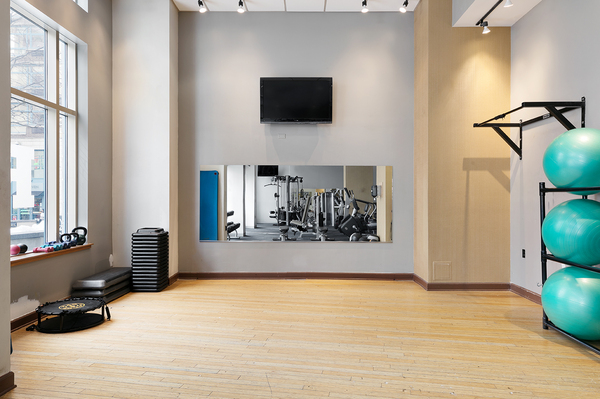 fitness center at SoCam 290 Apartments