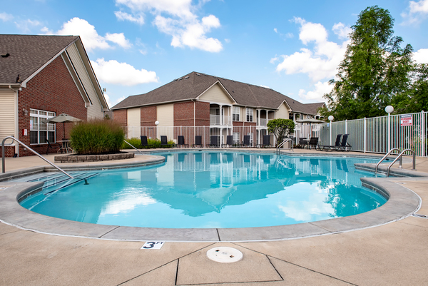 pool at Summit Pointe Apartments