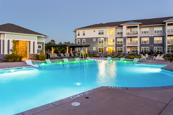pool at Element Barclay Apartments