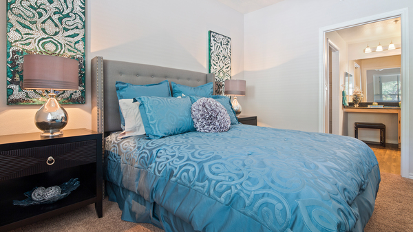 bedroom at Signature Ridge Apartments