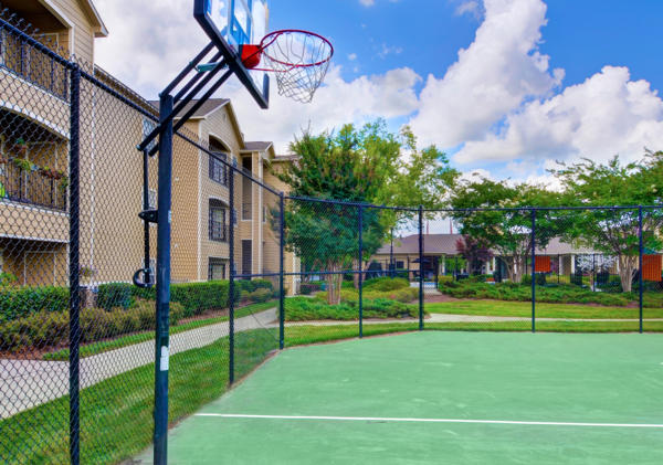 basketball court at Berkeley Place Apartments