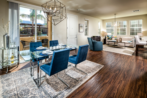 dining room at Townhomes at Lost Canyon Apartments