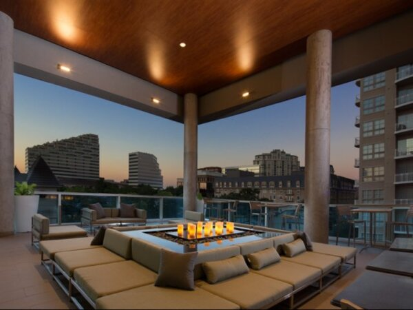 rooftop at Gallery at Turtle Creek Apartments
