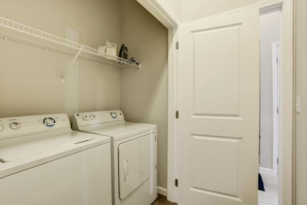 laundry room at Novus Odenton Apartments