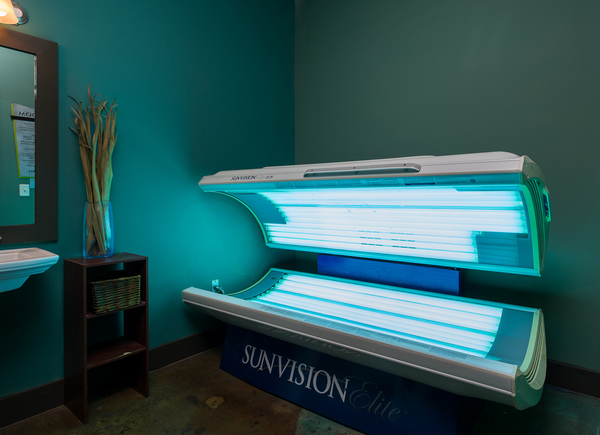 tanning bed at Allegro Apartments