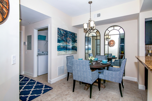dining room at Bridges at Kendall Place Apartments