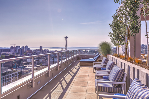 patio/balcony at Ascent South Lake Union Apartments