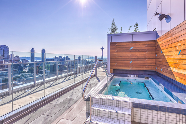 hot tub/jacuzzi at Ascent South Lake Union Apartments
