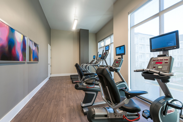 fitness center at Overture Fair Ridge Apartments