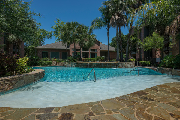 pool at Breakers at Windmill Lakes