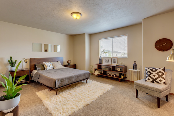 bedroom at Brookline Townhomes