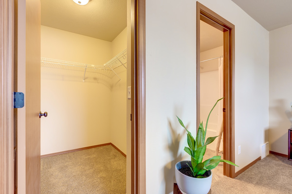 closet at Brookline Townhomes