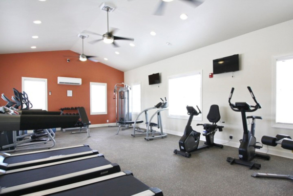 fitness center at The Standard at White House Apartments
