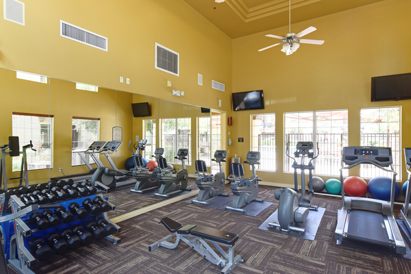 fitness center at Waterford at Peoria Apartments