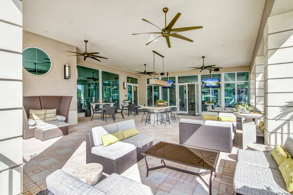 patio at The Quaye at Palm Beach Gardens Apartments