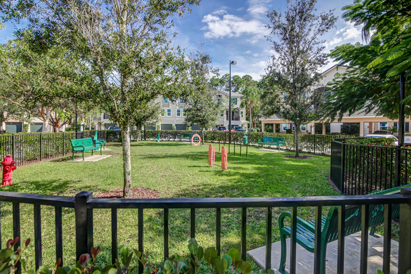 dog park at The Quaye at Palm Beach Gardens Apartments